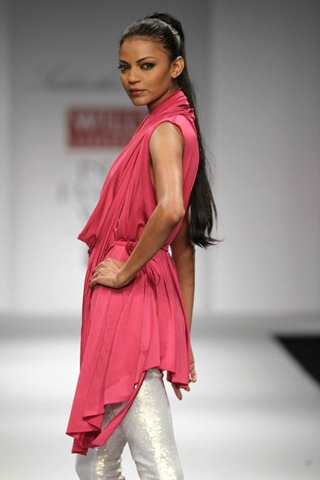 [WIFW SS 2011 collection by  Siddartha Tytler (13)[4].jpg]