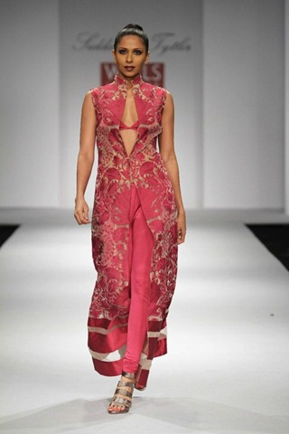 [WIFW SS 2011 collection by  Siddartha Tytler (15)[4].jpg]