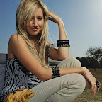 Ashley Tisdale 4