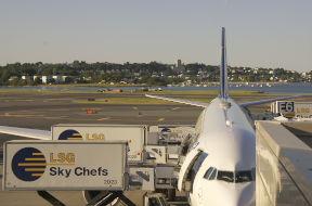 Sizilien bietet drei Flughäfen mit internationaler Anbindung