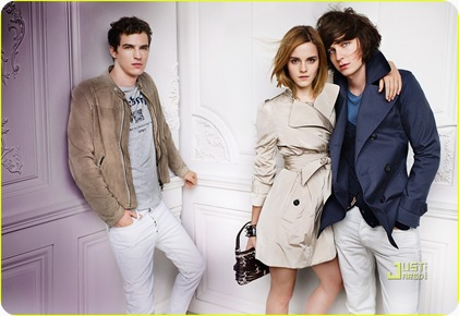 emma-watson-burberry-spring-summer-2010-campaign-06