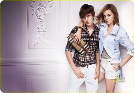 emma-watson-burberry-spring-summer-2010-campaign-01