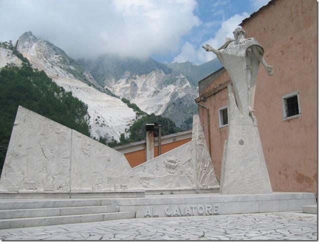 Carrara memorial