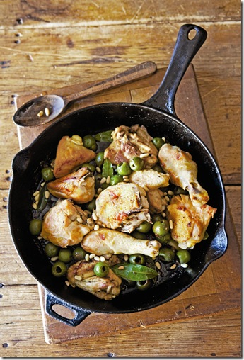 chicken and pine nuts
