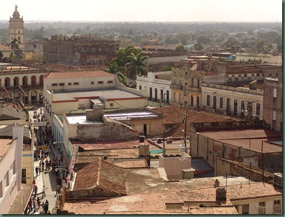 800px-Camaguey_rooftops_2