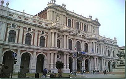 250px-Torino-Palazzo_Carignano-jpg