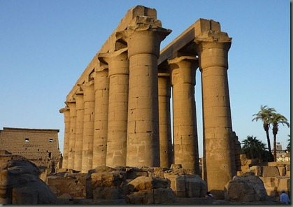 800px-Luxor_temple27