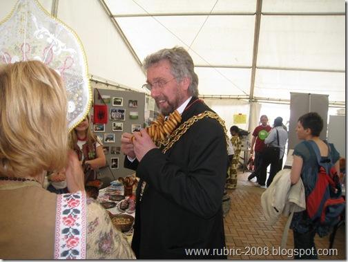 Попытка обменять орден мэра на баранки успехом не увенчалась!...