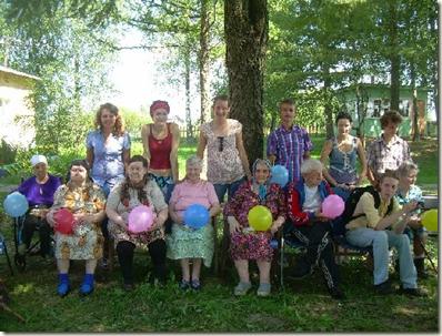 Визит волонтеров в дом престарелых в Тверской области
