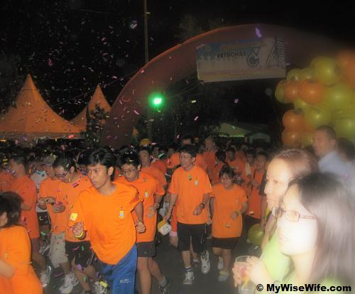 Confetti to mark the start for Fun Run Category at Pulau Jerejak Jetty