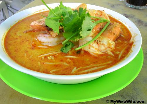 The signature dish of Seng Hing -Tom Yam Noodles