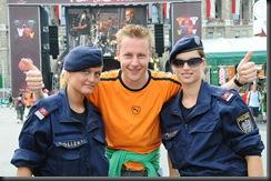military_woman_austria_police_000018