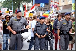 military_woman_austria_police_000024