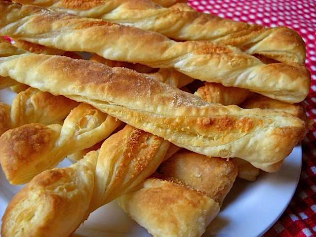 Parmesan Garlic Twists