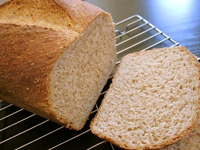 honey wheat sandwich bread