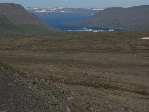 Horft til Ísafjarðar úr 600 metra hæð