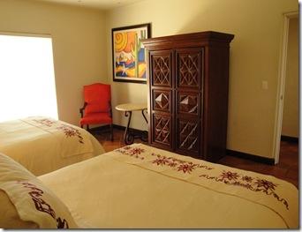 2.  Guest bedroom