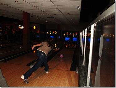 21.  Lorin bowling