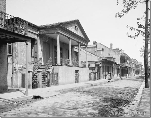 771px-BeauregardHouseChartresDown1900s