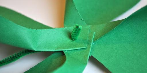 DIY St. Patrick's Day Shamrock Pinwheel 8