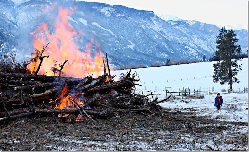 Bonfire-035