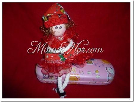 Muñequita Mamá Noela para decorar los útiles
