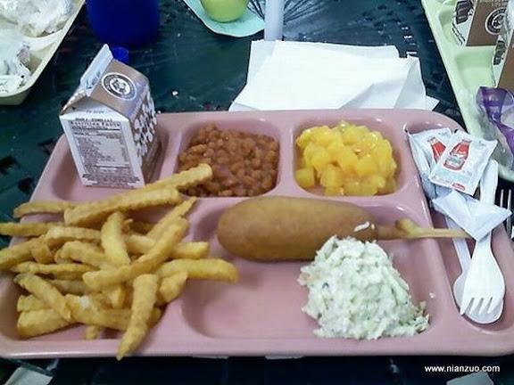 世界各国的校餐
