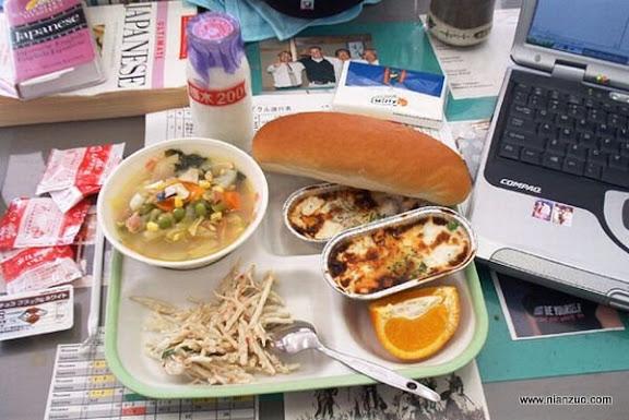 世界各国的校餐 日本:肉?汤?