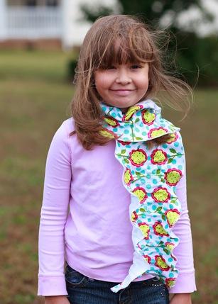 emmy-scarf-3-2010-11-7-17-30.jpg