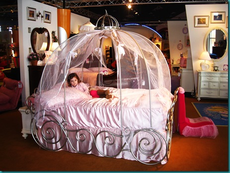 cinderella pumpkin carriage bed | Dreams House Furniture
