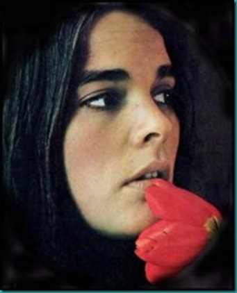 recent photo of ali macgraw