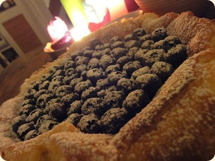 Ostekage med blåbær