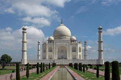 Taj_Mahal,_Agra,_India(small)