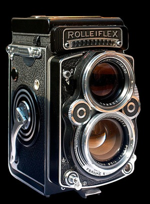 443px-Rolleiflex_camera