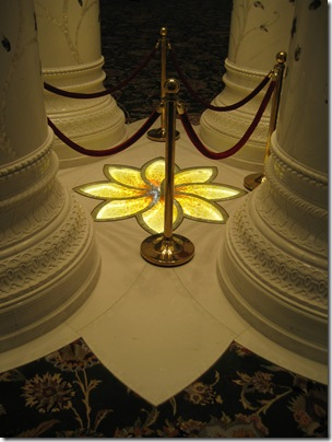Sheikh_Zayed_Mosque_inside_2
