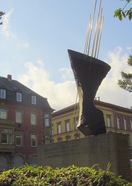 Röntgen Memorial in Gießen, Germany