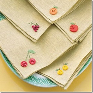 ms_napkins_embroid-300x300