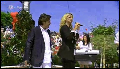 Sandra_feat_Thomas_Anders_-_The_Night_Is_Still_Young__ZDF_Fernsehgarten_10.05.20090026