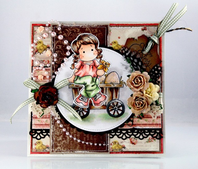 Claudia_Rosa_Happy Easterj_2pg