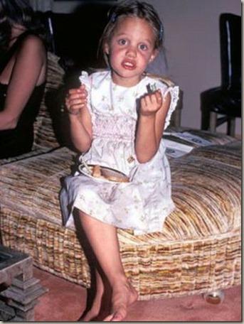 Angelina-Jolie-8-years-old