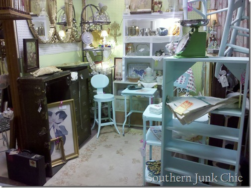 Southern Junk Chic Aqua booth