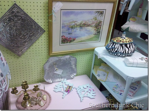 Southern Junk Chic pink table side