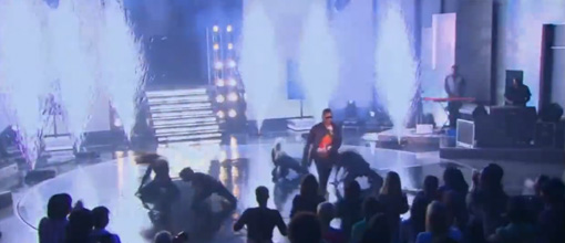 Live performance: Usher performs 'OMG' on Oprah