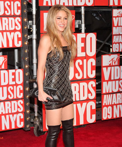 Shakira on the red carpet at the VMA's [image courtesy of Getty images and MTV]