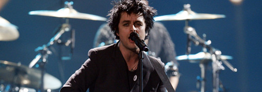 Green day's performance at the 2009 American music awards