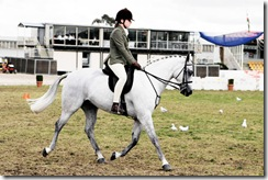 800px-Horse_riding_in_coca_cola_arena_-_melbourne_show_2005