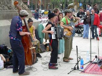 un grupo francés, Día de la Tierra, Barcelona
