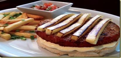 F_Bets-Pasta-Burger2