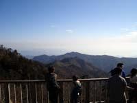 展望台から熊野灘を臨む