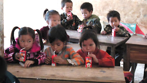 Kindergarten Children eating